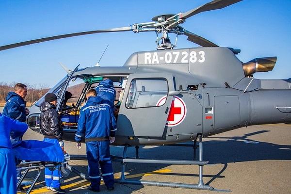 ангар, вертолеты, крылатые СМП, Пластун Авиа, санавиация, санитарная авиация