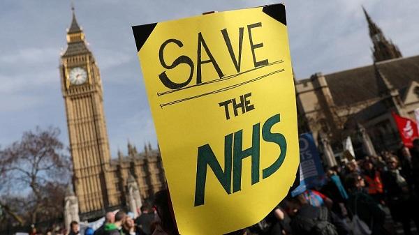 акция протеста, английские врачи, здравоохранение Великобритании