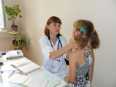 Учителям доверят врачебную тайну