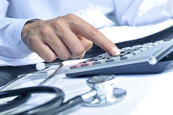 кредиторская задолженность, модернизация, недофинансирование, Олег Кожемяко, проблемы здравоохранения