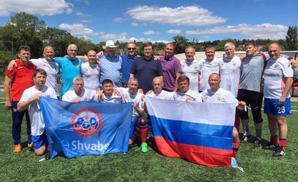 сборная врачей по футболу, футбол