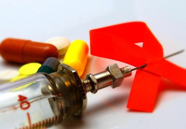 ВИЧ-инфекция, лекарства, Лидия Скляр, СПИД-центр