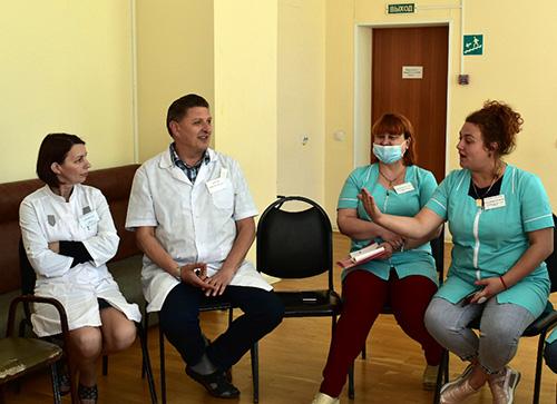 Артёмовская детская больница, Елена Зубова, Инна Рыжененкова