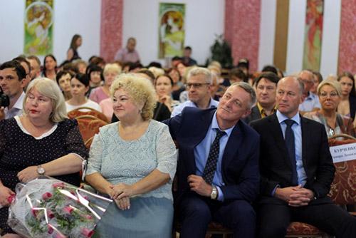 Владивостокская поликлиника №4, Галина Горшунова, Людмила Крочак, юбилей