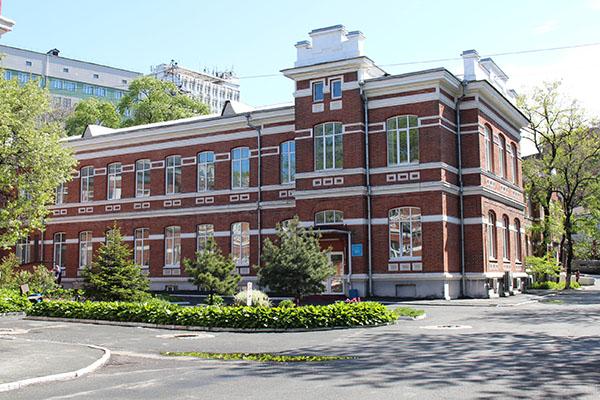 Андрей Попов, Лилия Богданова, начмед, Приморская краевая клиническая больница №1