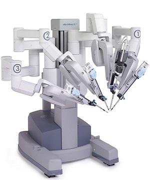 робот-хирург