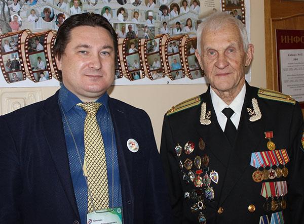 Вадим Олейник, Владивостокская поликлиника №3, Юрий Образцов