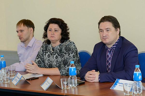 Вадим Олейников, Владивостокская поликлиника №3, Маргарита Назарова, Тахир Ибашев