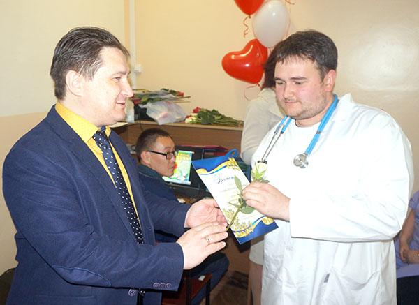 Вадим Олейник, Владивостокская поликлиника №3