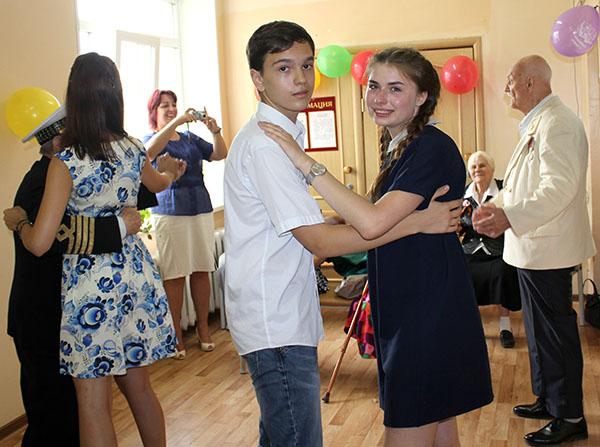 Вадим Олейник, Вероника Ильина, Владивостокская поликлиника №3
