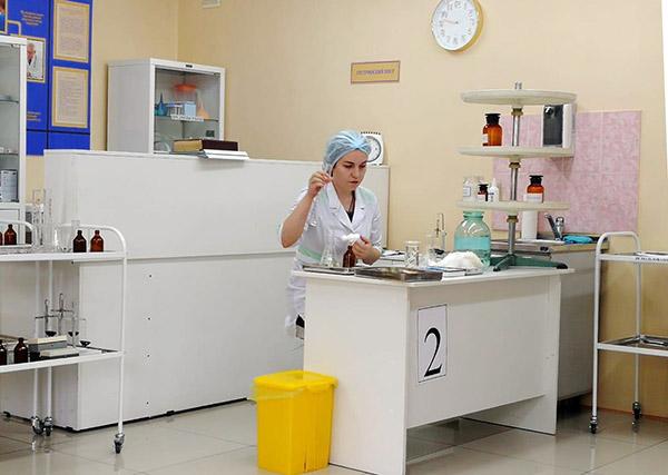 Ирина Кобзарь, Ирина Уланова, Уссурийский медицинский колледж