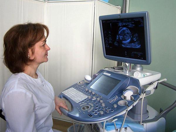 Андрей Скирута, Татьяна Болотнова, Уссурийская центральная городская больница