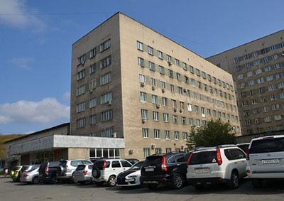 Владивостокская клиническая больница №2, Кирилл Стегний, ТГМУ