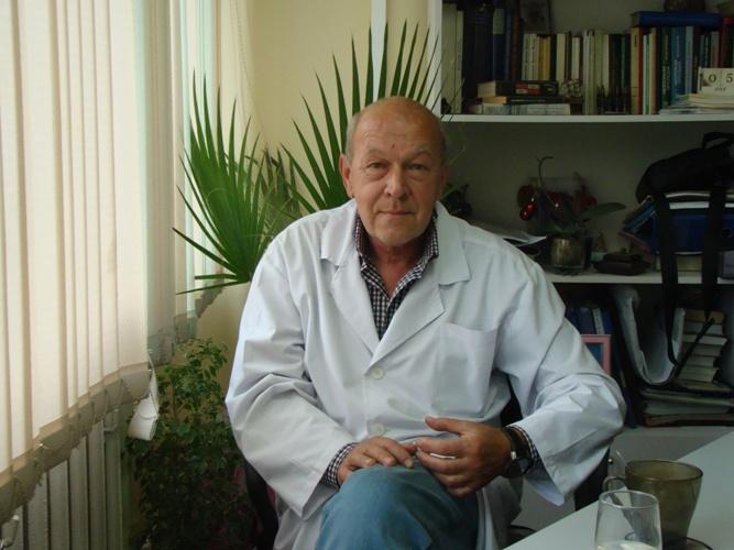 Владивостокская клиническая больница №2, Михаил Михайлов, тысячекоечная больница