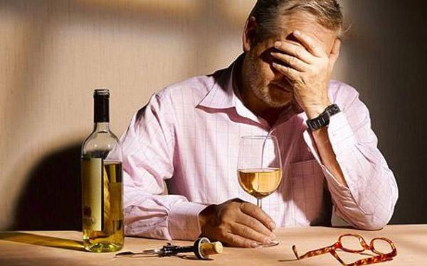 Алкоголиков будут лечить принудительно