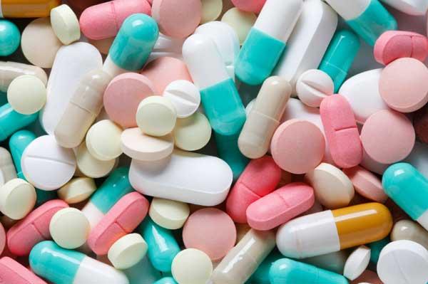 Лекарства оплатят страховщики