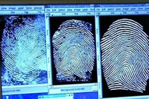 Наркомана выдают отпечатки пальцев